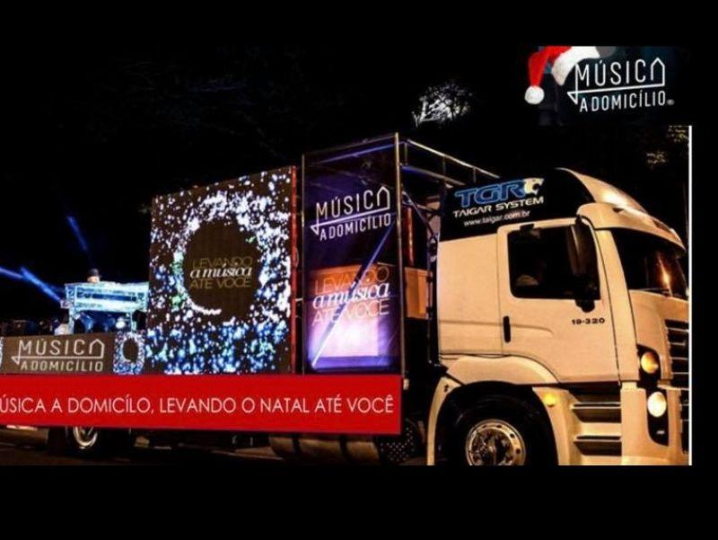 Foto Música a Domicílio emocionou a população de Flores da Cunha