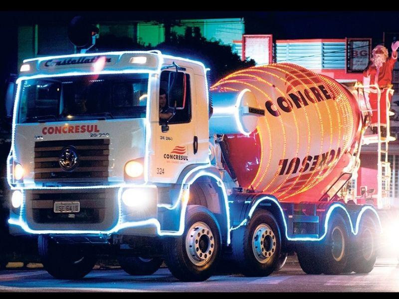 Foto Caminhão de Natal da Concresul visita neste domingo, dia 6, a cidade de Flores da Cunha