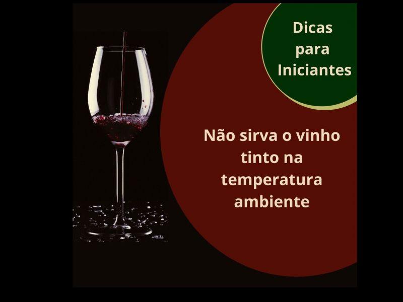 Foto Não sirva o vinho tinto na temperatura ambiente