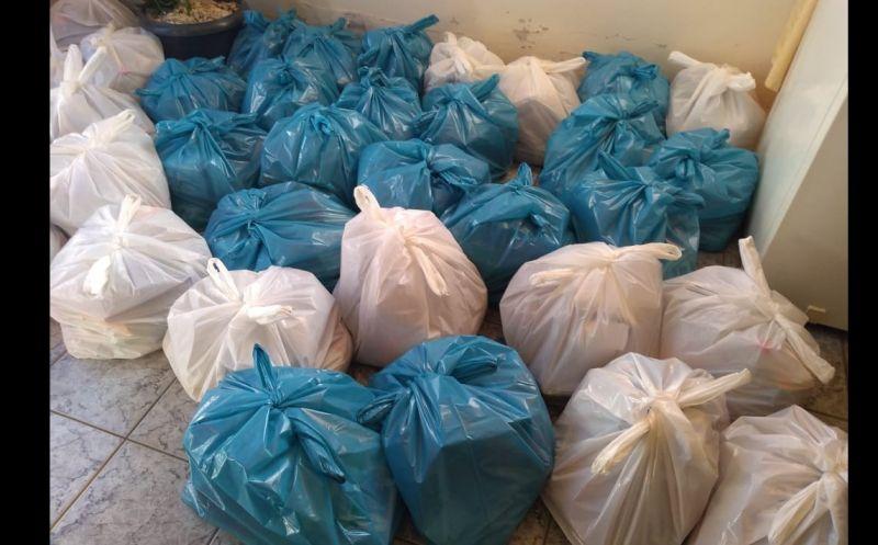 Foto de capa da notícia Secretaria de Educação realiza a entrega de Kits com produtos da merenda escolar