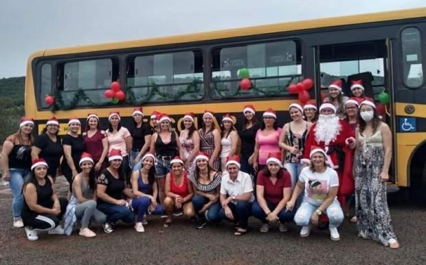 Foto de capa da notícia: Bus Tour