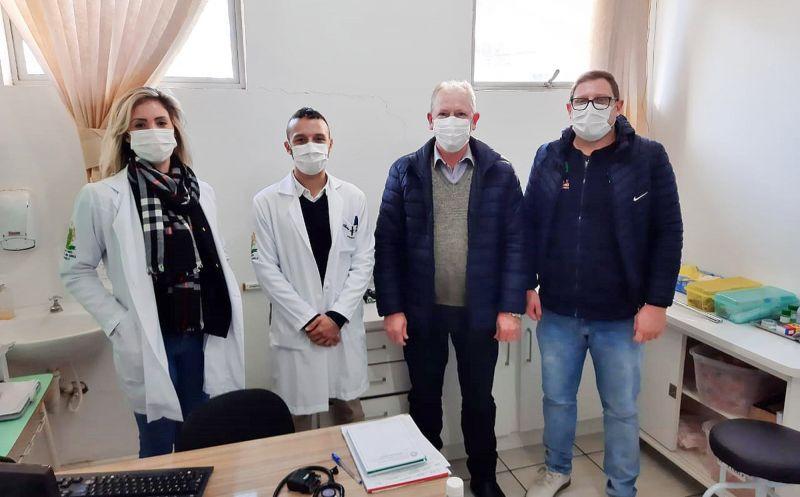Foto de capa da notícia: PREFEITURA CONTRATA DOIS NOVOS MÉDICOS
