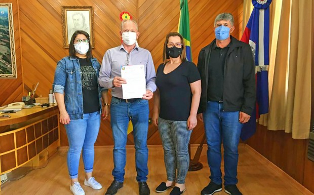 Foto de capa da notícia: PREFEITURA DE DAVID CANABARRO DESTINA R$ 100 MIL PARA A APAE