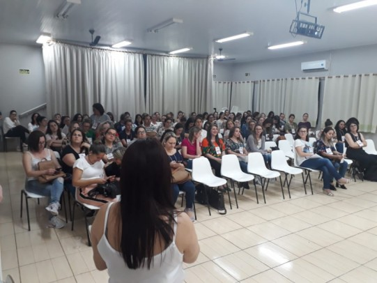 Foto de capa da notícia: Comunidade guaporense aprova mudanças no Plano Municipal de Educação