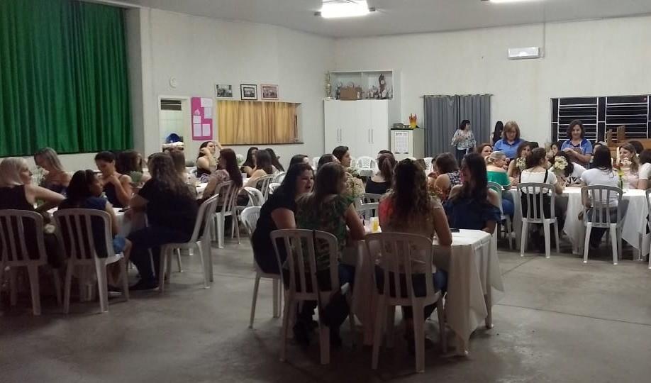 Foto de capa da notícia: ACPM da Escola Maria Rosa Ferreira presta homenagem aos professores