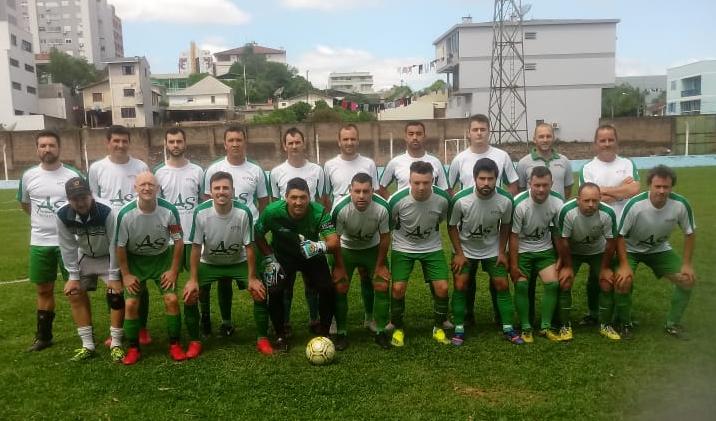 Foto de capa da notícia: Atlético e Vila Verde B goleiam na Divisão de Acesso