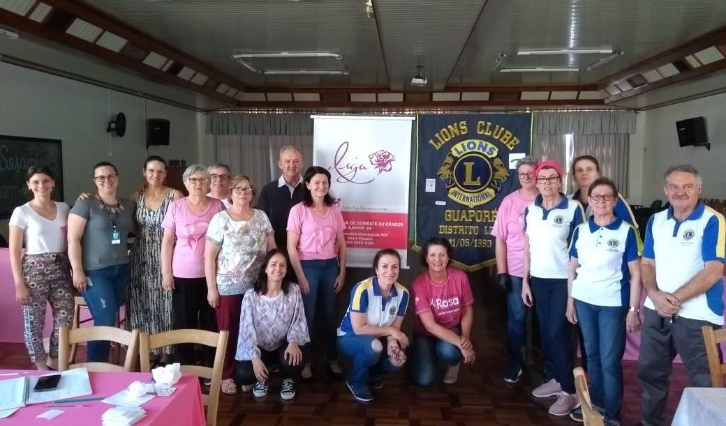 Foto de capa da notícia: Outubro Rosa: Ações de solidariedade arrecadam recursos para a Liga Feminina de Combate ao Câncer