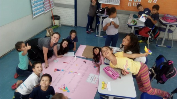Foto de capa da notícia: Oficina da Criatividade é desenvolvida na Escola Alexandre Bacchi