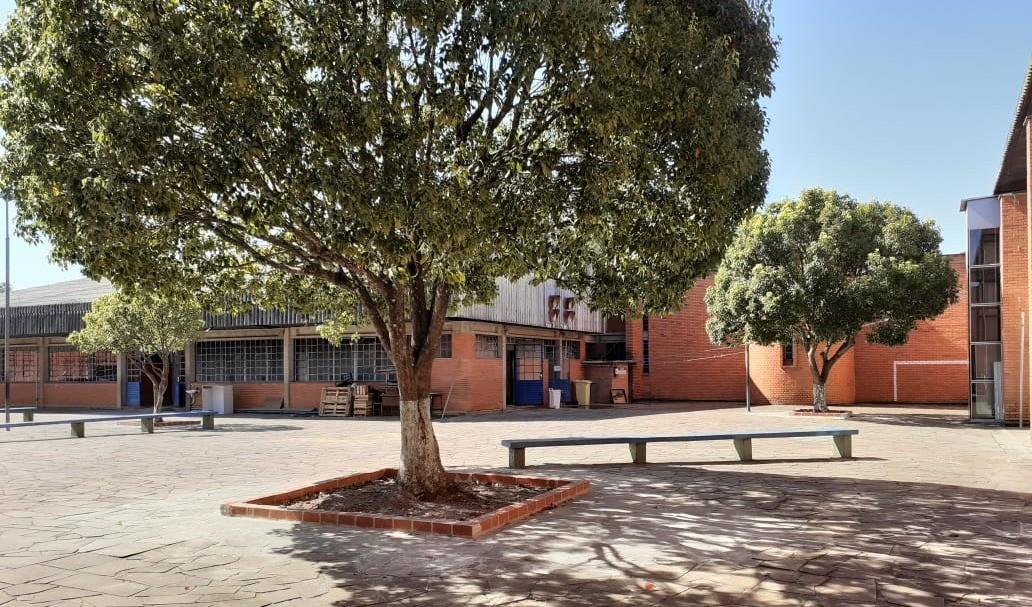 Foto de capa da notícia: Escola Municipal Alexandre Bacchi tem cozinha, lavanderia e pátio revitalizados