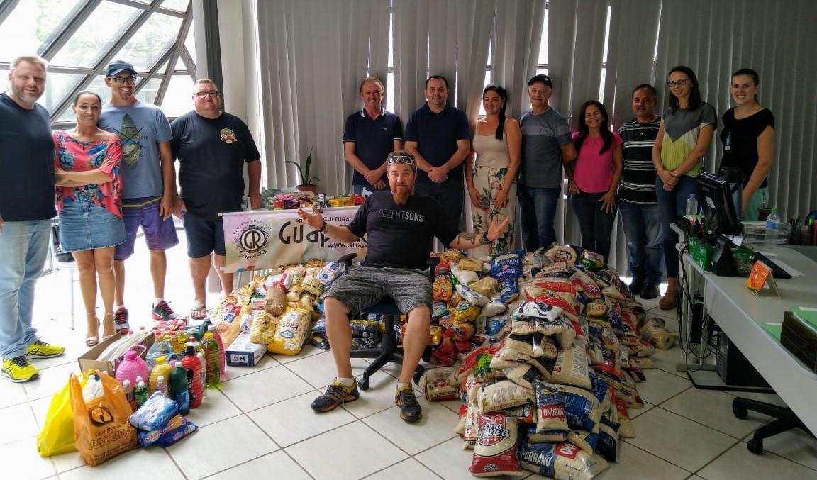 Foto de capa da notícia: GuapoRock: Mais de uma tonelada de alimentos para entidades de Guaporé