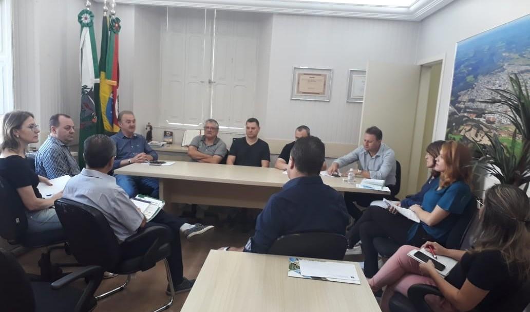 Foto de capa da notícia: Administração Municipal publica decreto para evitar disseminação do coronavírus