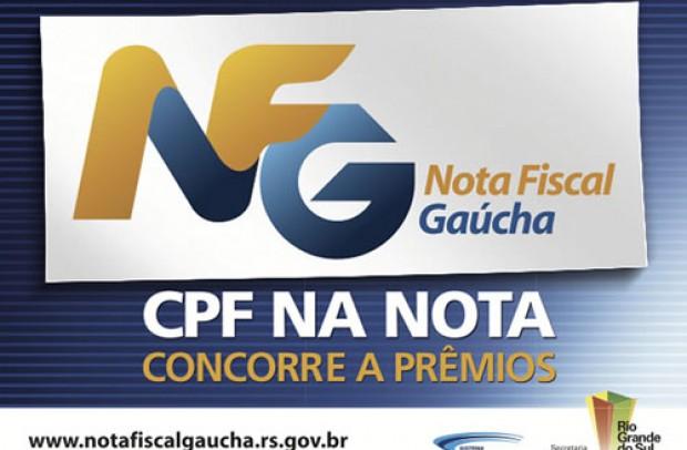 Foto de capa da notícia: Poder Público premia três consumidores que valorizaram o comércio de Guaporé