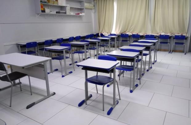 Foto de capa da notícia: Escola Municipal Imaculada Conceição passa por reformas estruturais