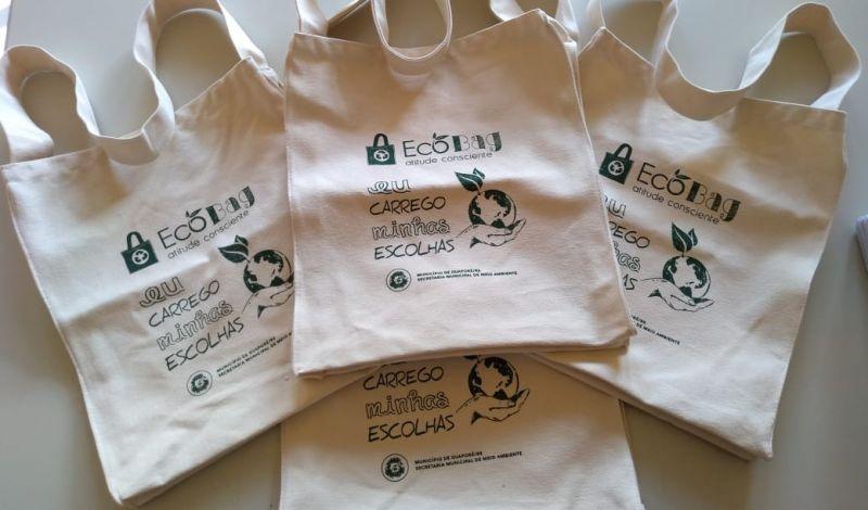 Foto de capa da notícia: Consciência e solidariedade no projeto Ecobag