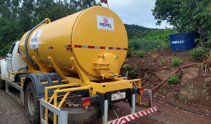 Foto de capa da notícia: Abastecimento de água em propriedades rurais é prioridade da Secretaria de Agricultura em Guaporé