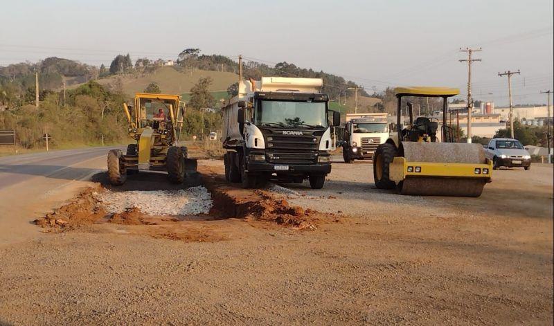 Foto de capa da notícia: Infraestrutura:  Obras no Distrito Industrial executadas pela EGR foram gestionadas pela Administração Municipal