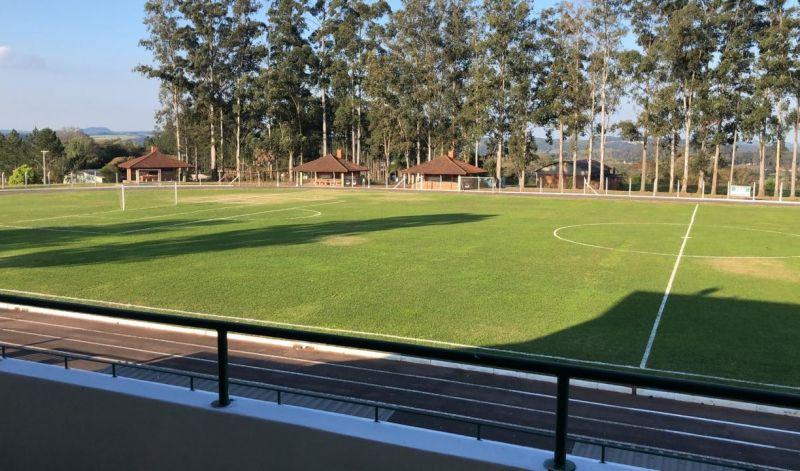 """Foto de capa da notícia: Campeonato Municipal """"Juventude 80 Anos"""" acontecerá no Estádio Albino Pasquali"""
