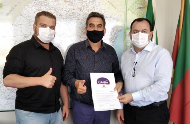 Foto de capa da notícia: Poder Público encaminha solicitação ao Governo Estadual para manutenção da ERS-129