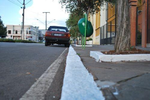 Foto de capa da notícia: Secretaria de Obras e Viação realiza manutenção e embelezamento no centro da cidade