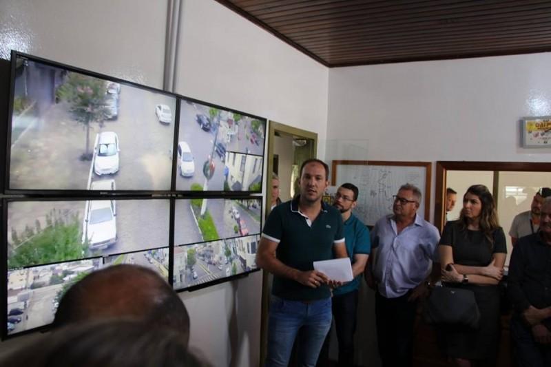 """Foto de capa da notícia: Poder Público apresenta oficialmente o """"Monitora Guaporé"""""""