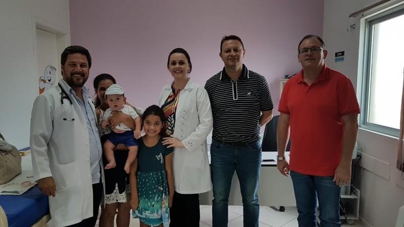 Foto de capa da notícia: Secretaria da Saúde comemora chegada de mais uma pediatra a Guaporé