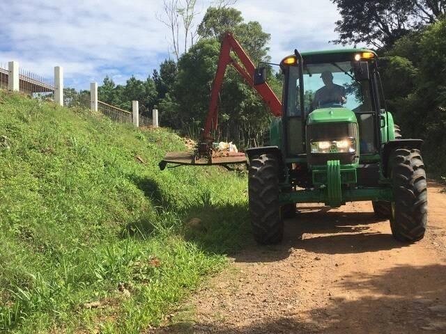 Foto de capa da notícia: Secretaria de Obras com ações nas estradas vicinais e Arroio Barracão