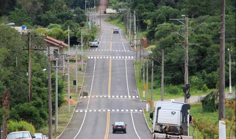 Foto de capa da notícia: Poder Púbico entrega oficialmente a rua Irmão Eduardo
