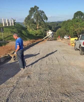 Foto de capa da notícia: Obras de pavimentação no bairro São José