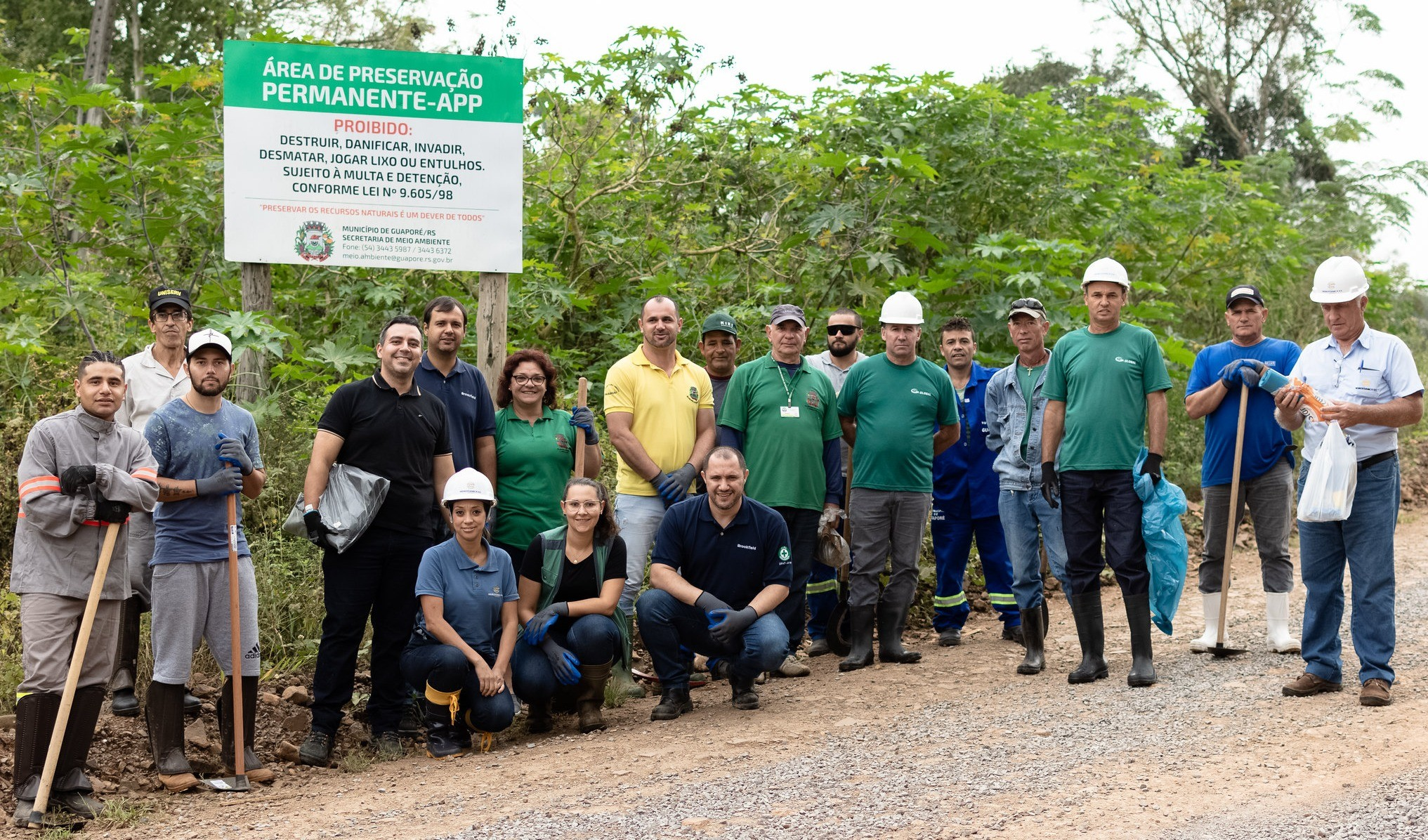 """Foto de capa da notícia: Guaporé recolhe mais de 1,5 tonelada de lixo em ação do projeto """"Viva o Taquari-Antas Vivo"""""""