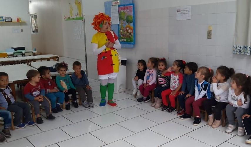 Foto de capa da notícia: Escola de Educação Infantil Mônica comemora a Semana do Livro Infantil