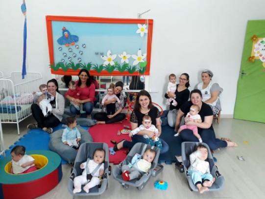 Foto de capa da notícia: Escola Pinguinho de Gente comemorou o Dia das Mães