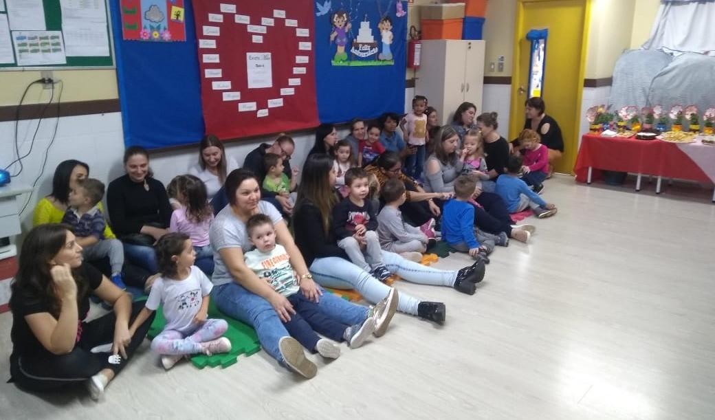 Foto da Notícia Escola Maria Rosa Ferreira recebe as mães