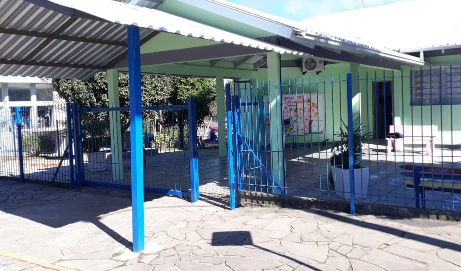Foto da Notícia Escola Municipal de Educação Infantil Mônica recebe melhorias e novo mobiliário