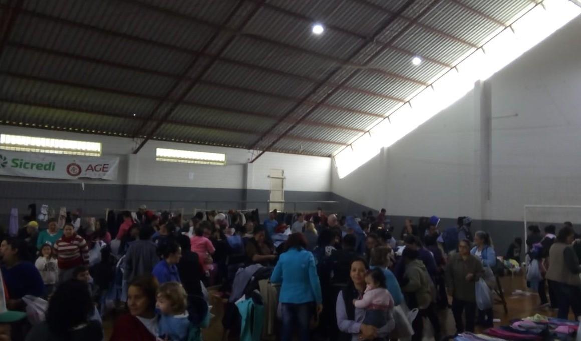Foto de capa da notícia: Campanha do Agasalho: Mais de 500 pessoas participaram da entrega das doações