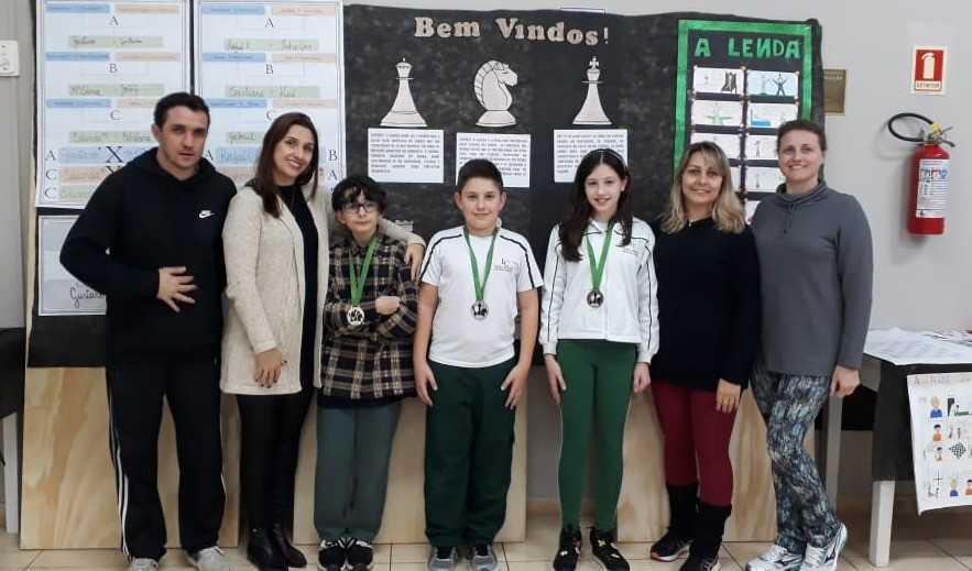 Foto de capa da notícia: Escola Imaculada Conceição realiza o II Campeonato de Xadrez