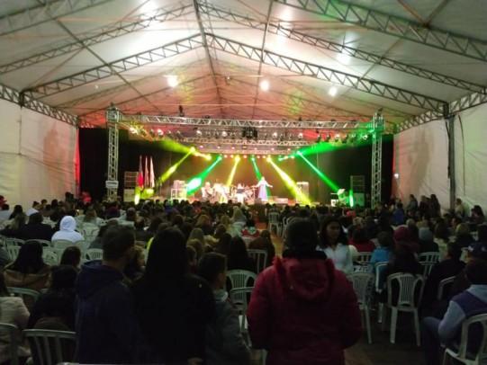 Foto de capa da notícia: Comunidade é coroada com belíssimas apresentações no II Festival Regional de Música Estudantil