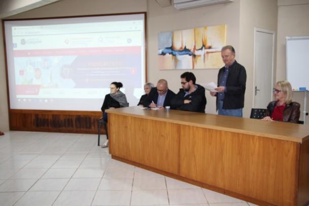 Foto de capa da notícia: Poder Público recepciona secretário Estadual de Desenvolvimento Econômico e Turismo
