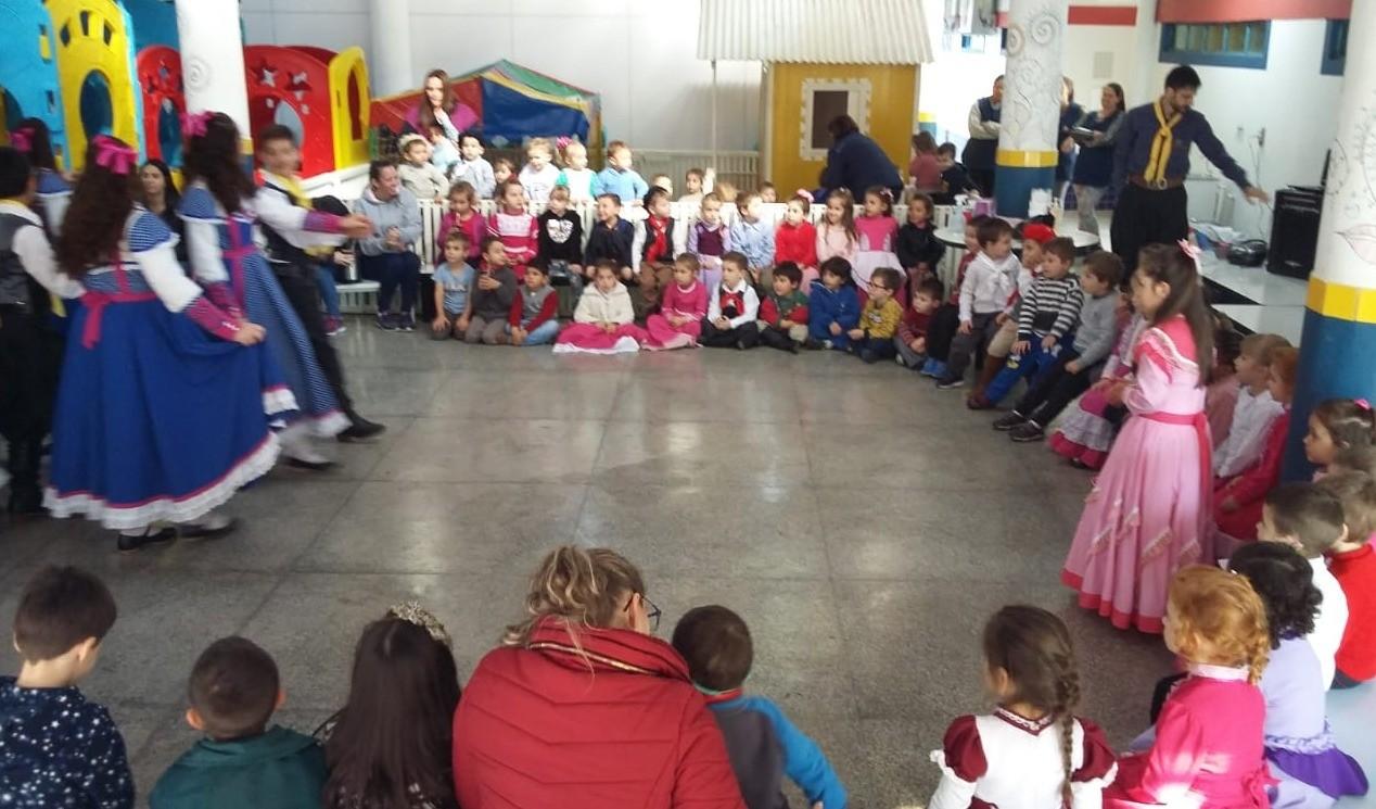 Foto de capa da notícia: Escola de Educação Infantil Maria Rosa Ferreira resgata costumes e tradições do Rio Grande