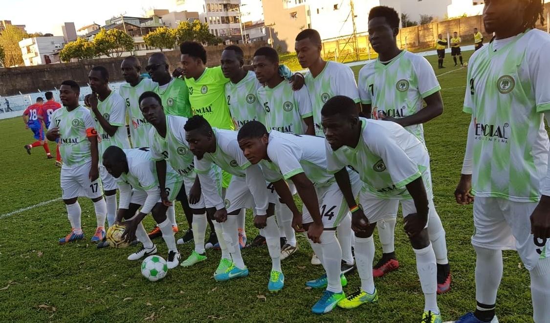 Foto de capa da notícia: Selecionado formado por estrangeiros estreia no Campeonato Municipal de Futebol