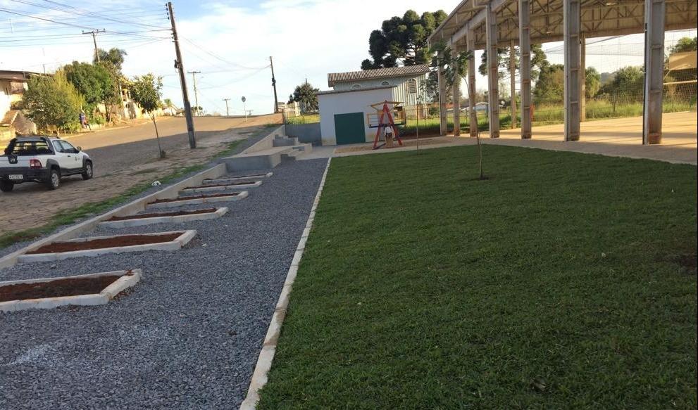 Foto de capa da notícia: PAC II: Poder Público realiza construção de praça no Promorar