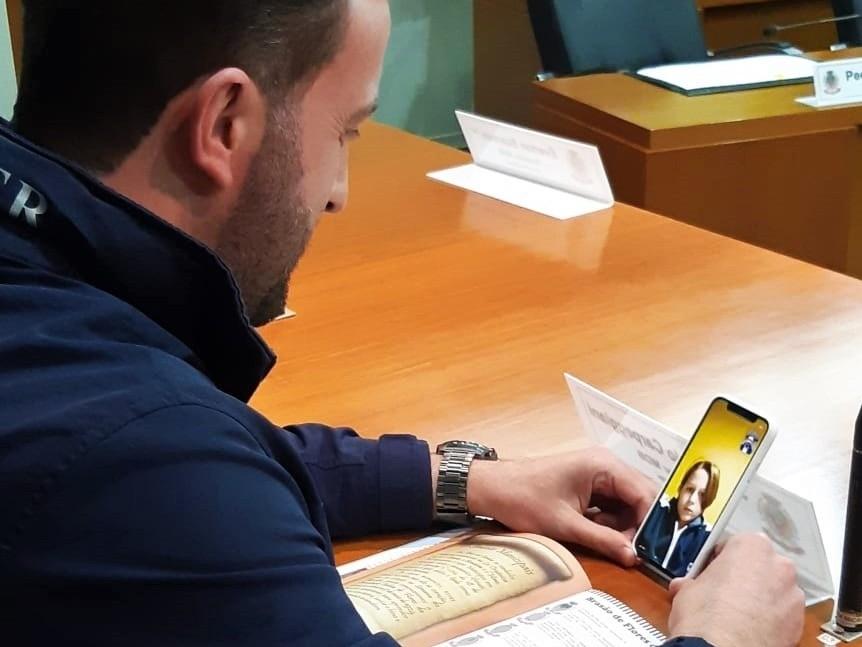 Foto de capa da notícia Alunos do 3º ano da escola São José têm encontro on-line com a Câmara.
