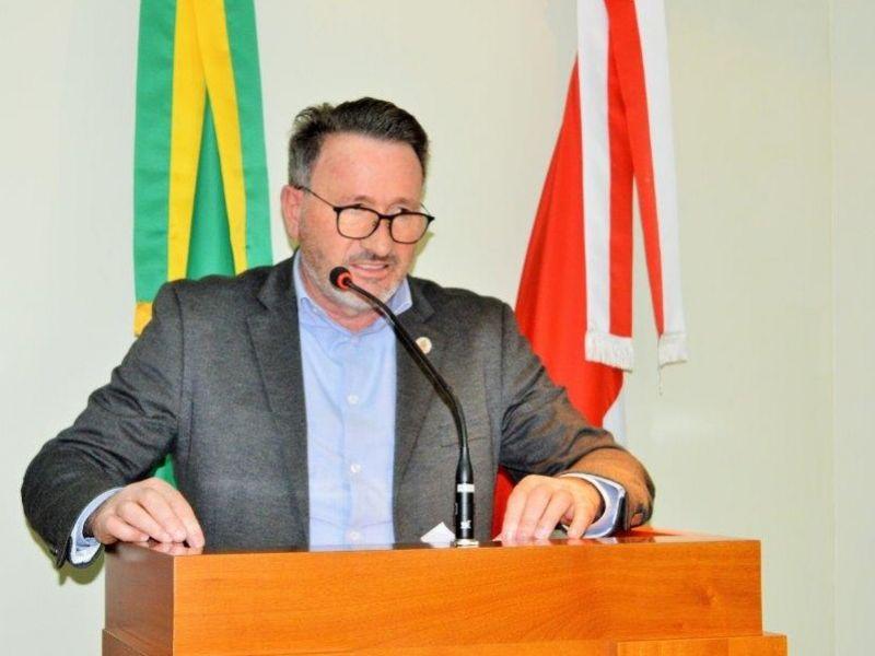 Foto de capa da notícia: Vereador pede urgência para projetos de emendas federais.