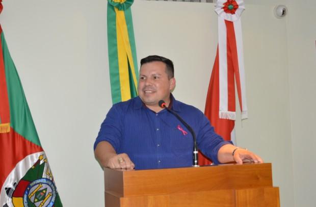 Foto de capa da notícia: Vereador fala sobre projeto que estabelece a Semana do Turismo no município.