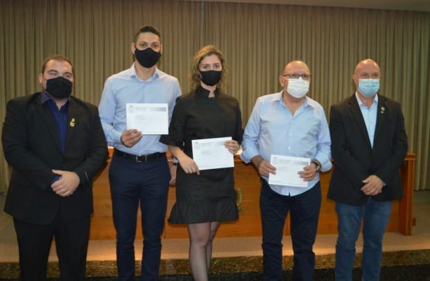 Foto de capa da notícia: SAS PLASTIC recebe Moção de Congratulações da Câmara