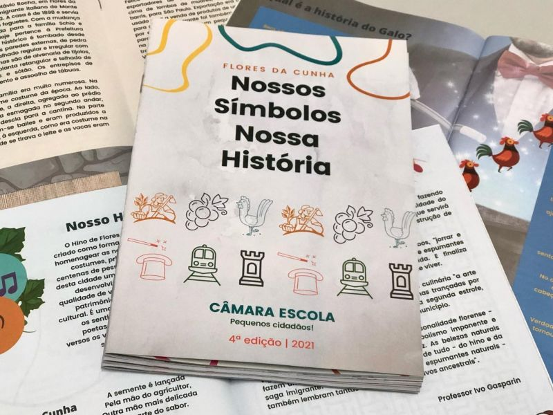 Foto de capa da notícia Vereadores da Comissão de Educação entregam Cartilha Câmara Escola