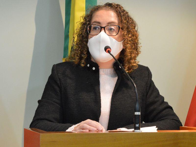 Foto de capa da notícia Silvana aborda economia do setor vinícola