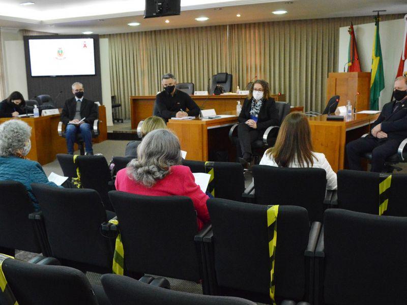 Foto de capa da notícia Comissão do Idoso reúne-se com a ADIFLORES