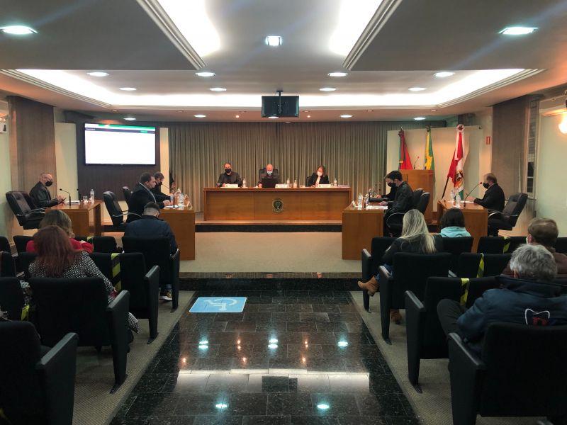 Foto de capa da notícia Vereadores aprovam três pedidos de urgência urgentíssima