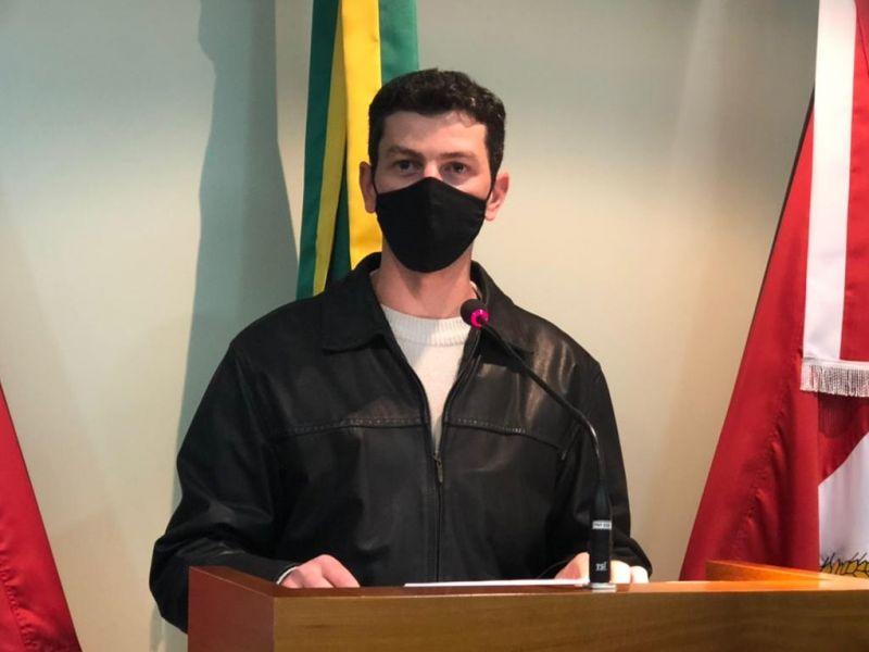 Foto de capa da notícia Tonet comenta situação dos Correios, aglomerações e vacinação