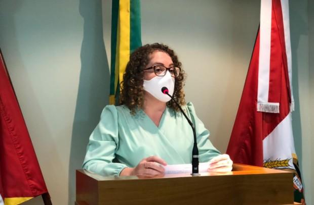 Foto de capa da notícia: Silvana fala sobre o programa Cidade amiga do Idoso